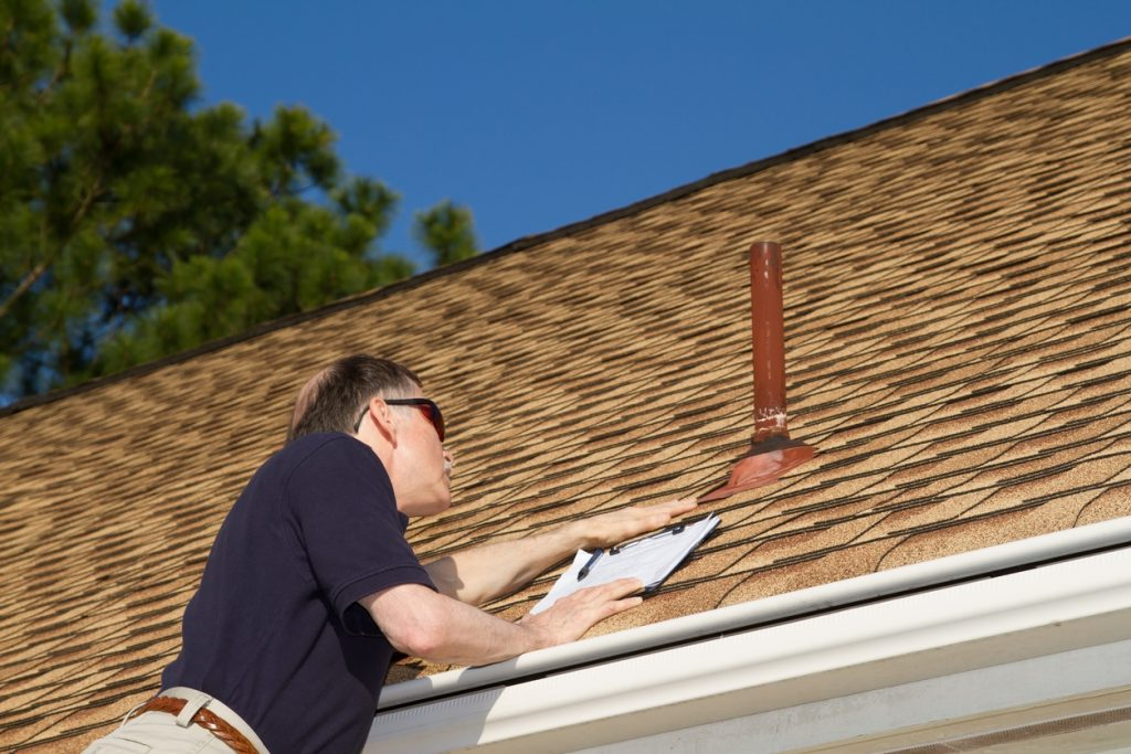 'Set It and Forget It' With an Extended Service Plan for Your Roof and Gutters
