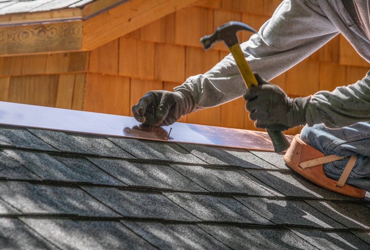 Proactive vs. Reactive Roof Maintenance: Which Is Better?